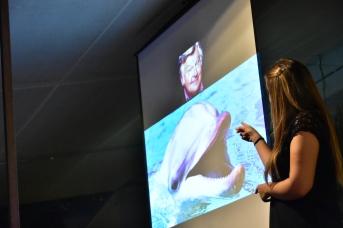 Ana María Manzano interpretó la charla en LSE